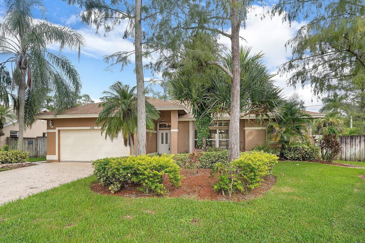 105 Oxford Court, West Palm Beach, FL 33411