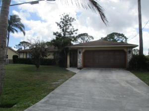 608 Se Walters Terrace, Port Saint Lucie, FL 34983