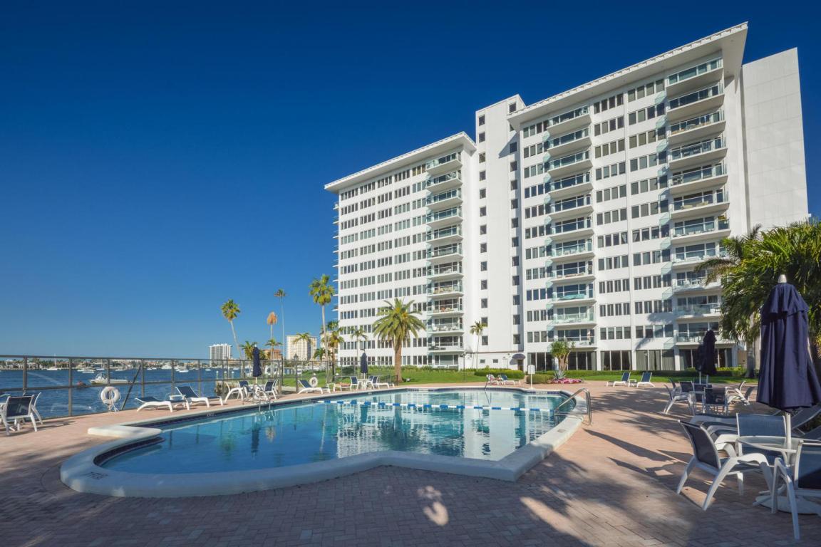 701 E Camino Real, Boca Raton, FL 33432