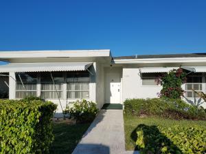 7261 E Oakridge Circle, Lantana, FL 33462