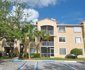 266 Village Boulevard, Tequesta, FL 33469