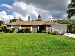 157 Se Lakehurst Drive, Port Saint Lucie, FL 34983