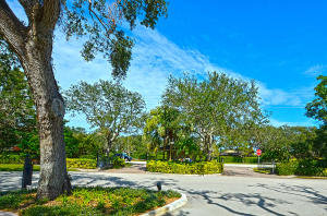120 Riverway Drive, Vero Beach, FL 32963