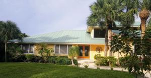 8576 Se Mangrove Street, Hobe Sound, FL 33455