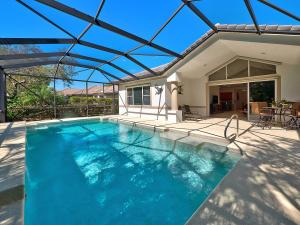 7666 Greenbrier Circle, Port Saint Lucie, FL 34986