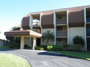 5380 Woodland Lakes Drive, Palm Beach Gardens, FL 33418