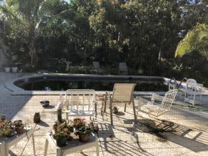 8219 W Lake Drive, West Palm Beach, FL 33406