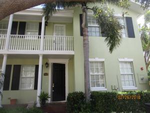 1023 W Heritage Club Circle, Delray Beach, FL 33483