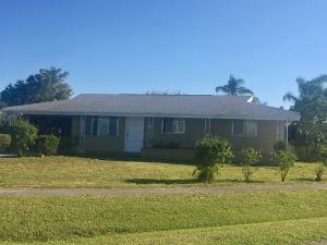 158 Se Entrada Avenue, Port Saint Lucie, FL 34952