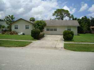 137 Puffin Court, Royal Palm Beach, FL 33411