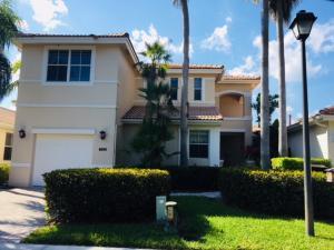 8201 Sandpiper Way, West Palm Beach, FL 33412