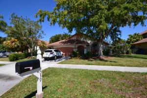 4039 Nw 5th Drive, Deerfield Beach, FL 33442
