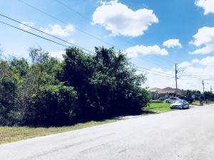 4189 Sw Winslow Street, Port Saint Lucie, FL 34953