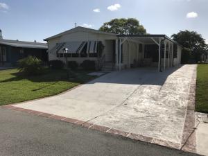8215 E Bitterbush Lane, Port Saint Lucie, FL 34952