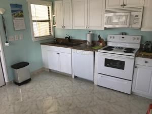 3201 Crabwood Court, Port Saint Lucie, FL 34952