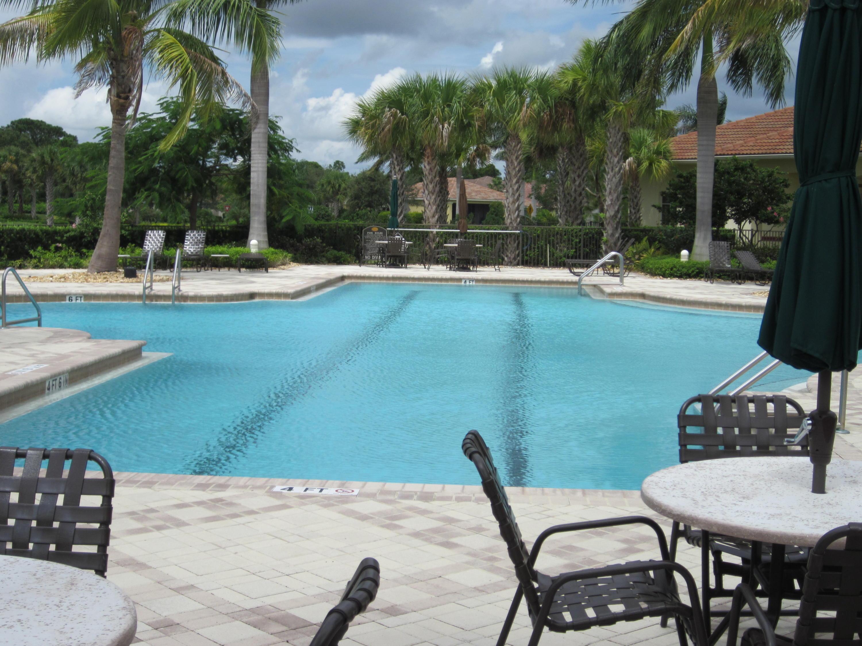 9136 Short Chip Circle, Port Saint Lucie, FL 34986