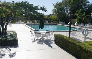 2788 Tennis Club Drive, West Palm Beach, FL 33417