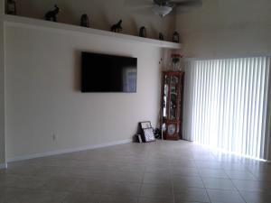 555 Se Nome Drive, Port Saint Lucie, FL 34984