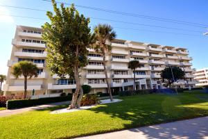 3051 S Ocean Boulevard, Boca Raton, FL 33432