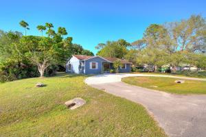 7101 Coquina Avenue, Fort Pierce, FL 34951