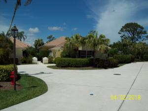 2203 Nw Seagrass Drive, Palm City, FL 34990