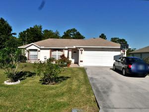 5525 Nw Downs Street, Port Saint Lucie, FL 34986
