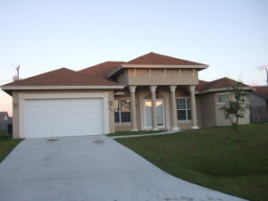 2041 Sw Gailwood Street, Port Saint Lucie, FL 34987