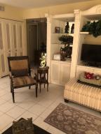 114 Oxford 200, West Palm Beach, FL 33417