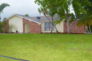 2498 Se Pinero Road, Port Saint Lucie, FL 34952
