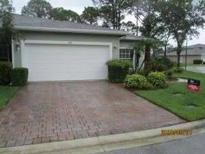 648 Ne Bent Paddle Lane, Port Saint Lucie, FL 34983