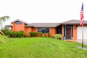 315 Se Oakridge Drive, Port Saint Lucie, FL 34984