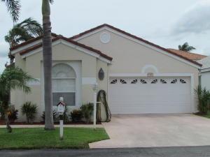 129 Oakwood Way, Greenacres, FL 33463
