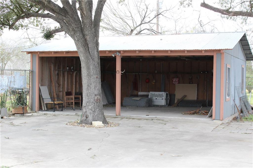 346 E Main St, Premont, TX 78375