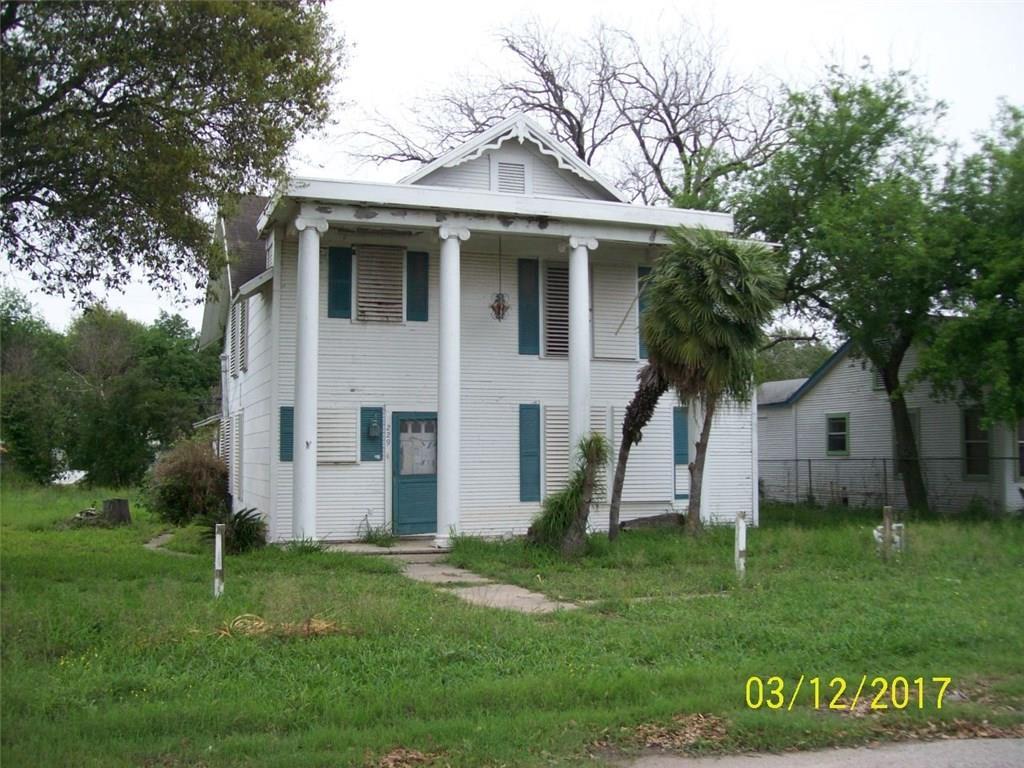 229 1st St Se, Premont, TX 78332