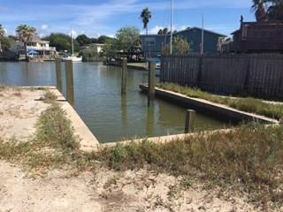 321 Bayshore Dr, Ingleside On The Bay, TX 78362