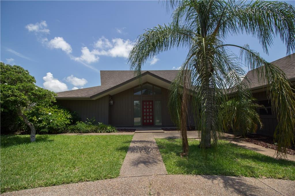 2207 Cape Mccan, Rockport, TX 78382