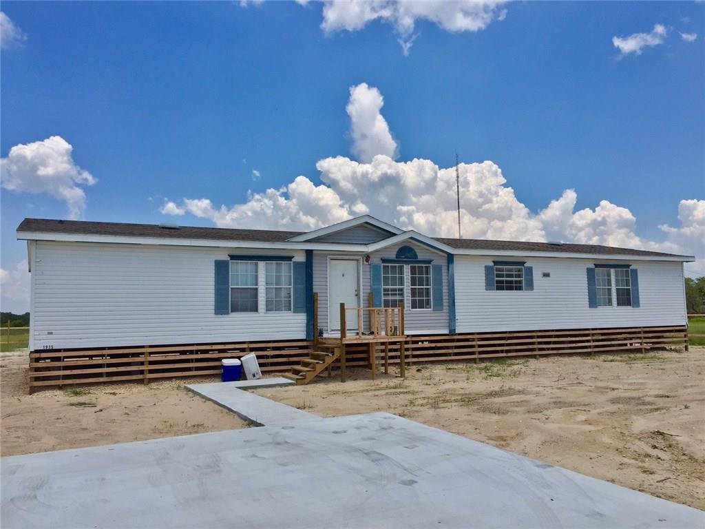 1935 S Doughty, Rockport, TX 78382