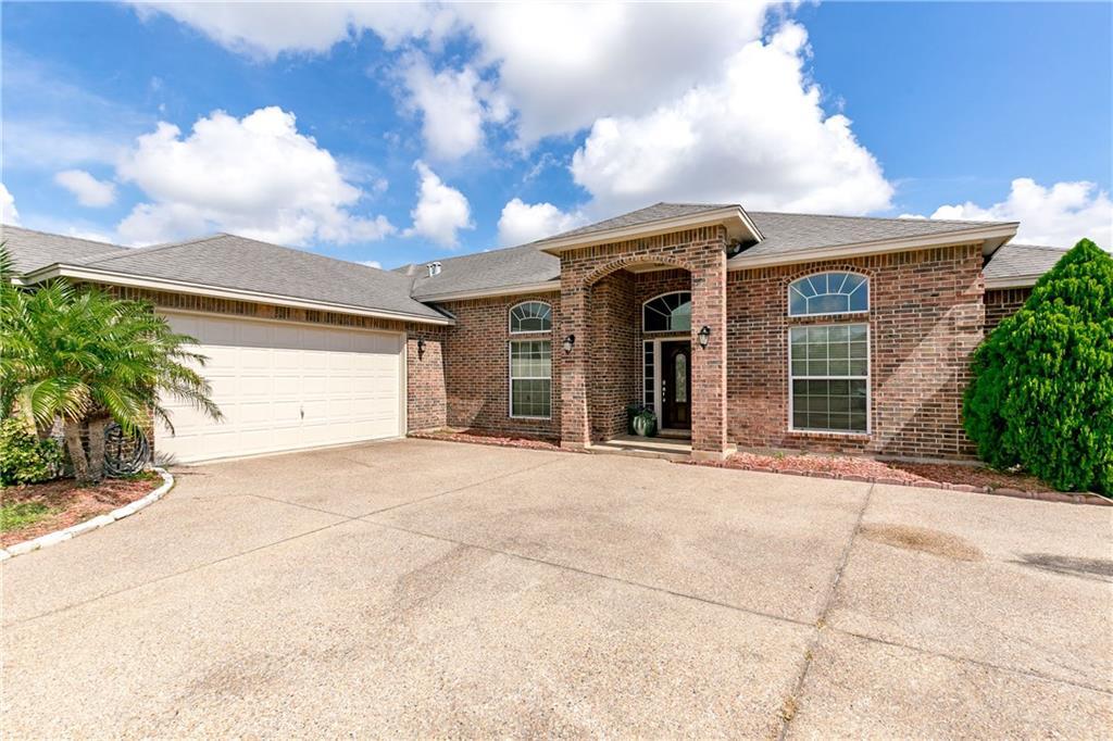 5702 Waterford, Corpus Christi, TX 78414