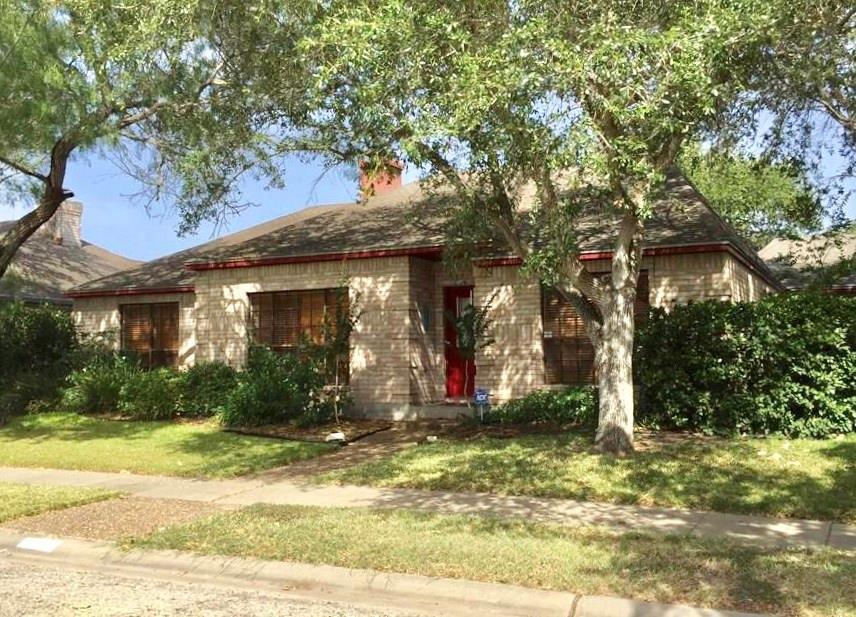 7421 Lake Como Dr, Corpus Christi, TX 78413