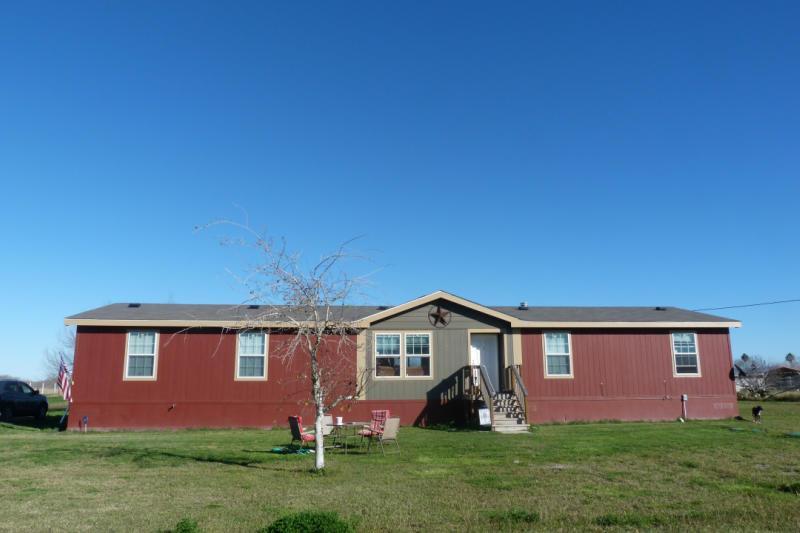 7582 County Road 2567, Sinton, TX 78387