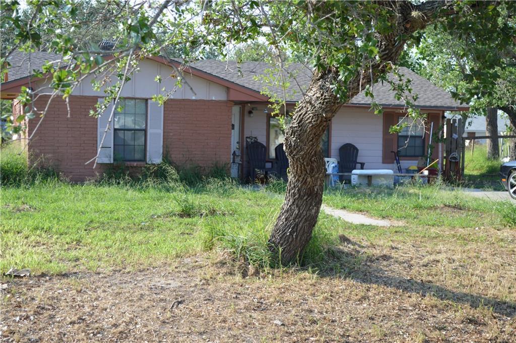 244 S 12th St, Aransas Pass, TX 78336