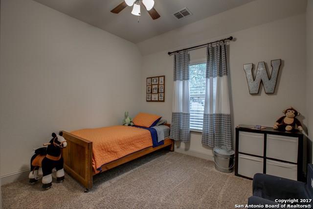 523 Lodge Creek, New Braunfels, TX 78130