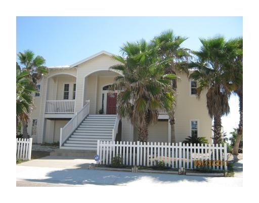 256 Beachwalk Lane, Port Aransas, TX 78373