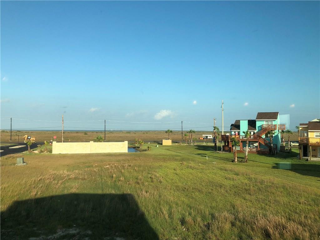 146 Beach View Dr, Corpus Christi, TX 78373