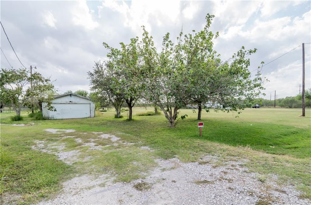 3163 County Road 48, Robstown, TX 78380