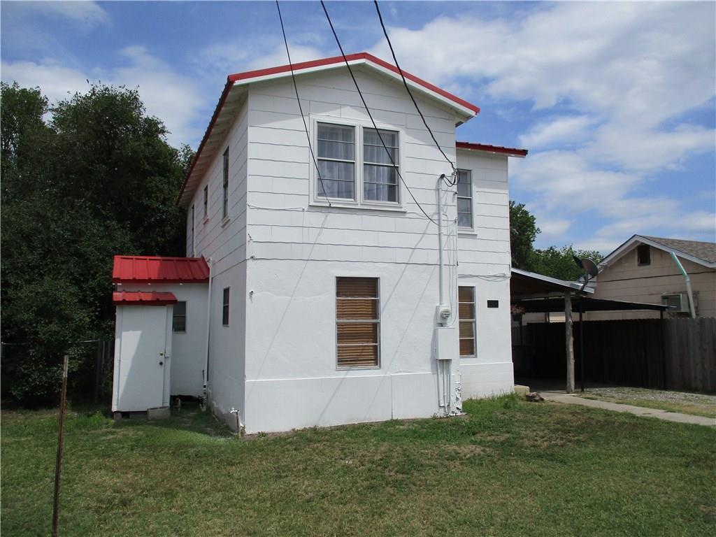 1506 Hill, Three Rivers, TX 78071