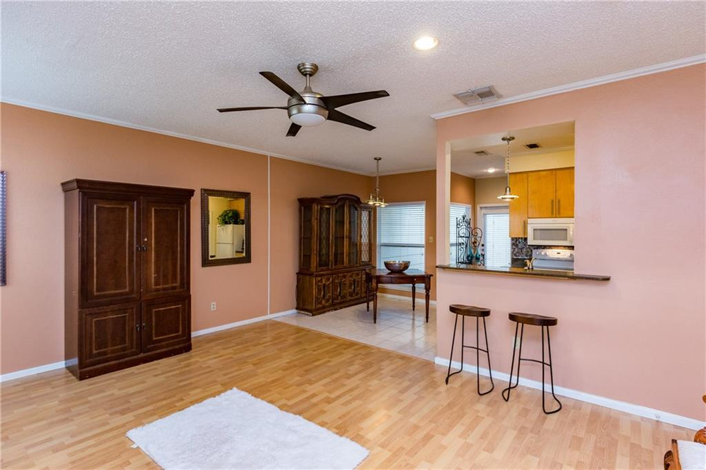 3025 Quail Springs Road B-10, Corpus Christi, TX 78414