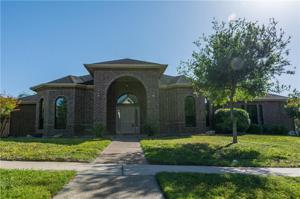 14925 Iron River Dr, Corpus Christi, TX 78410