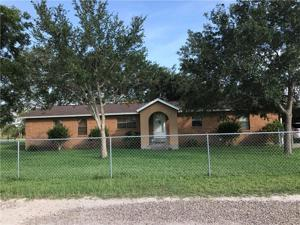 159 Pvt. Quiroga St, Beeville, TX 78102