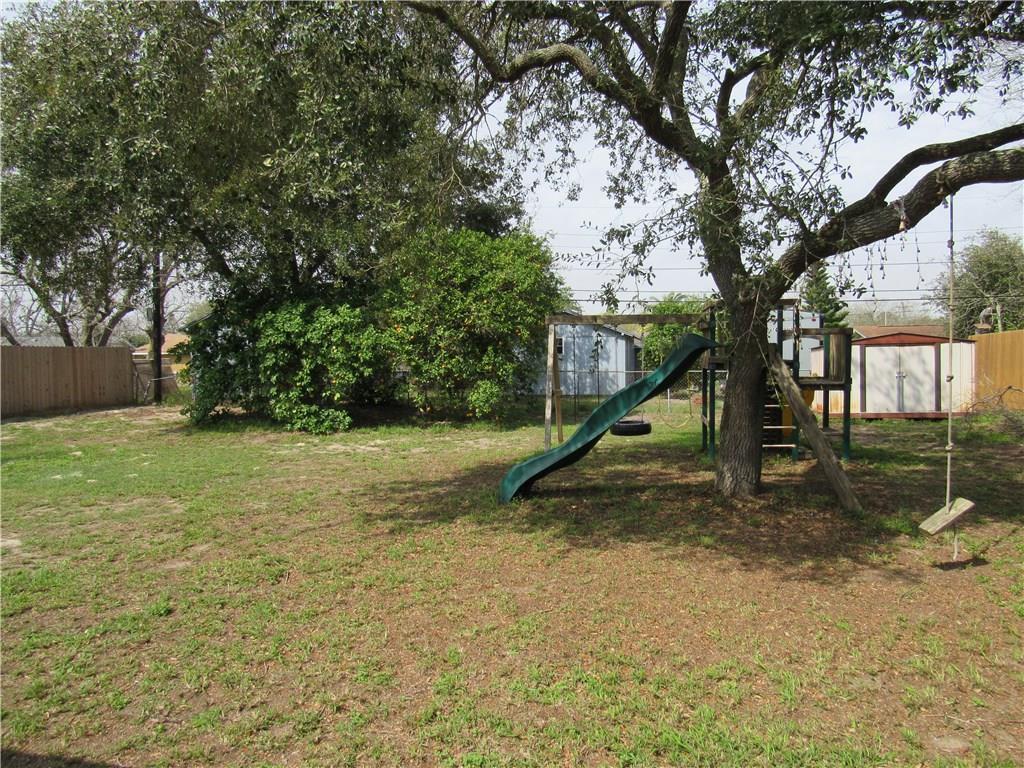3124 Coveway Dr, Corpus Christi, TX 78418